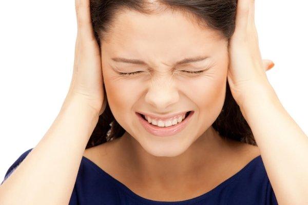 Мигрень и шум в ушах