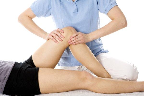 Массаж при боле в колене