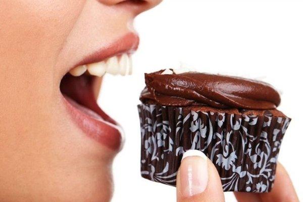 Кушать сладкое