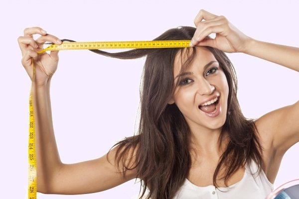 Замеряет волосы