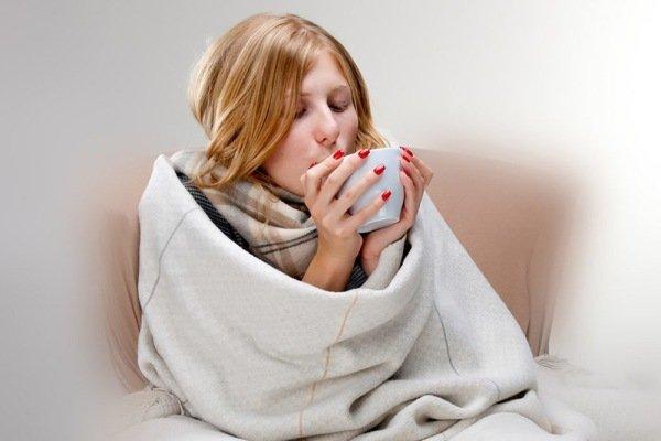 Больная под одеялом